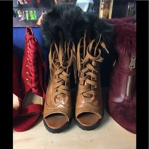 Open toe Boots With fur